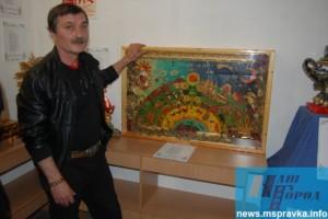 Писатель Олег Гончаренко занялся лепкой