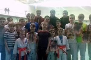 Мелитопольцы привезли медали с турнира по двоеборью