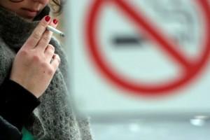 Коммунальщики получили право штрафовать за курение