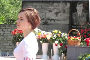 Дочь погибшего командира экипажа мелитопольского Ил-76 обратилась к президенту