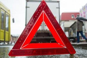 В Запорожье пассажирский автобус врезался в иномарку