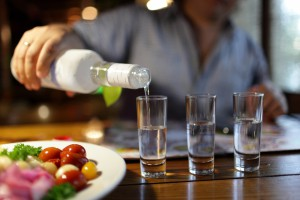 В Мелитополе изготавливали водку известных марок из стеклоочистителя