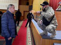 Депутатов Запорожского облсовета в сессионном зале встретили ветераны АТО