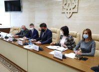 Глава области официально представил новых заместителей