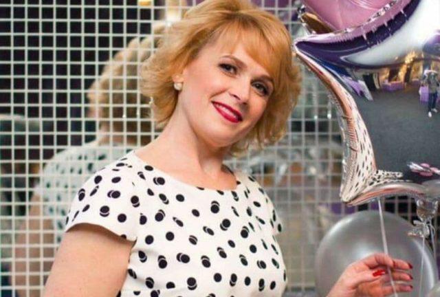 Жена стрелявшего в оперативников депутата давала работу секретарю горсовета Романову?